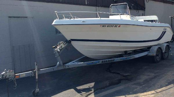 2000 COBIA 204 for sale