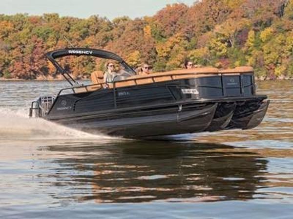 2020 Regency boat for sale, model of the boat is 250 LE3 Sport & Image # 1 of 1