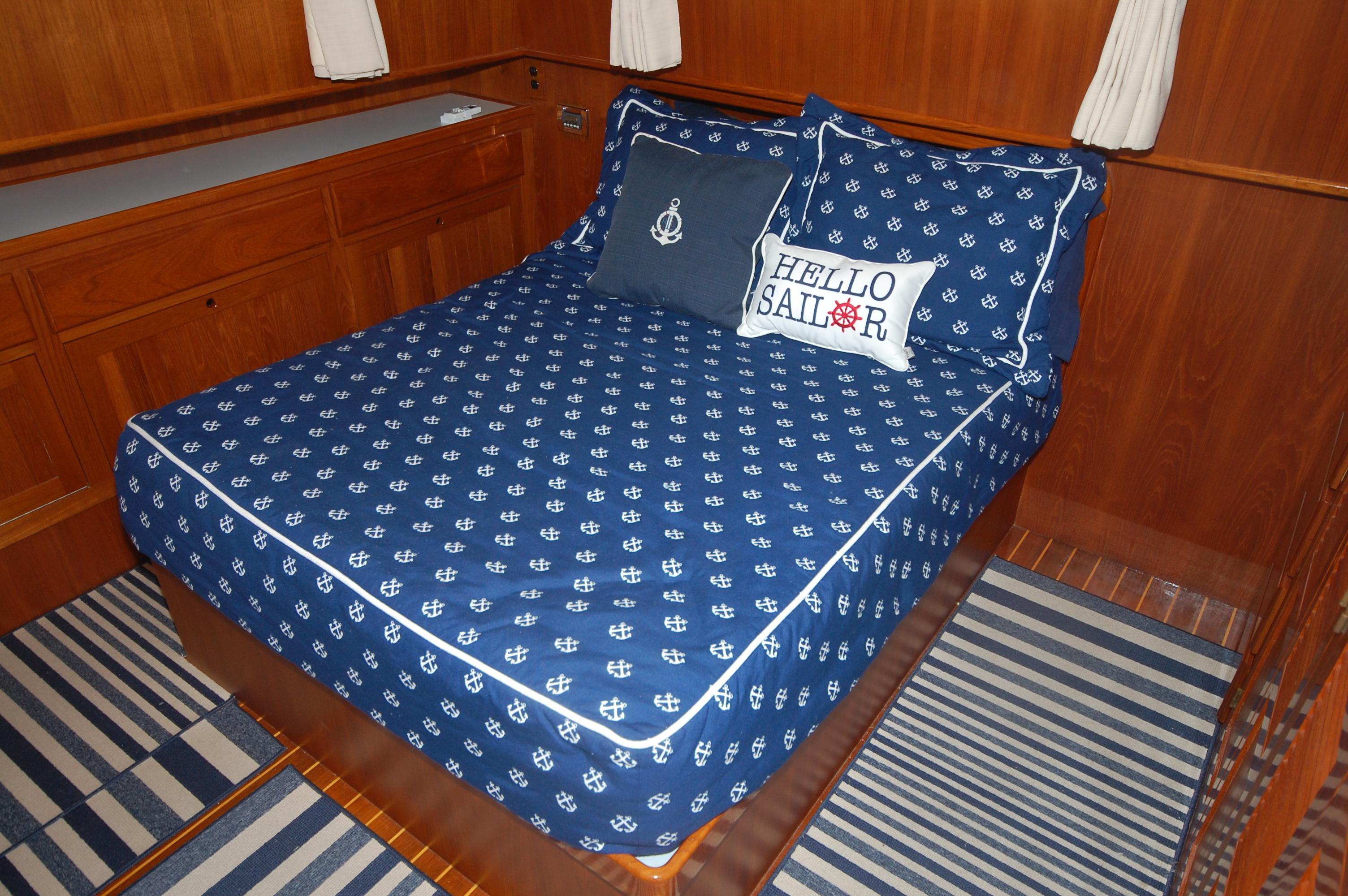 V 6366 SS Knot 10 Yacht Sales