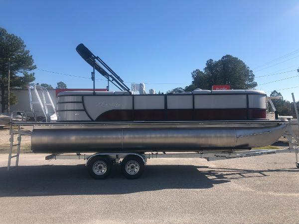 2021 Bentley boat for sale, model of the boat is 223 NAVIGATOR & Image # 4 of 31