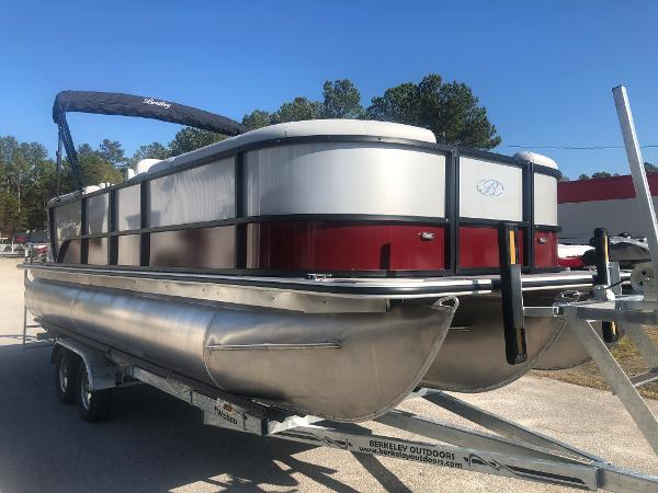 2021 Bentley boat for sale, model of the boat is 223 NAVIGATOR & Image # 5 of 31