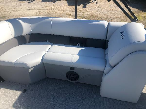 2021 Bentley boat for sale, model of the boat is 223 NAVIGATOR & Image # 23 of 31