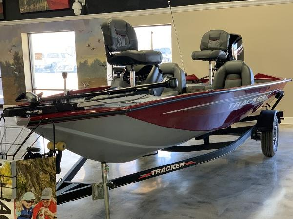 2021 Tracker Boats boat for sale, model of the boat is PT175TXW & Image # 3 of 9