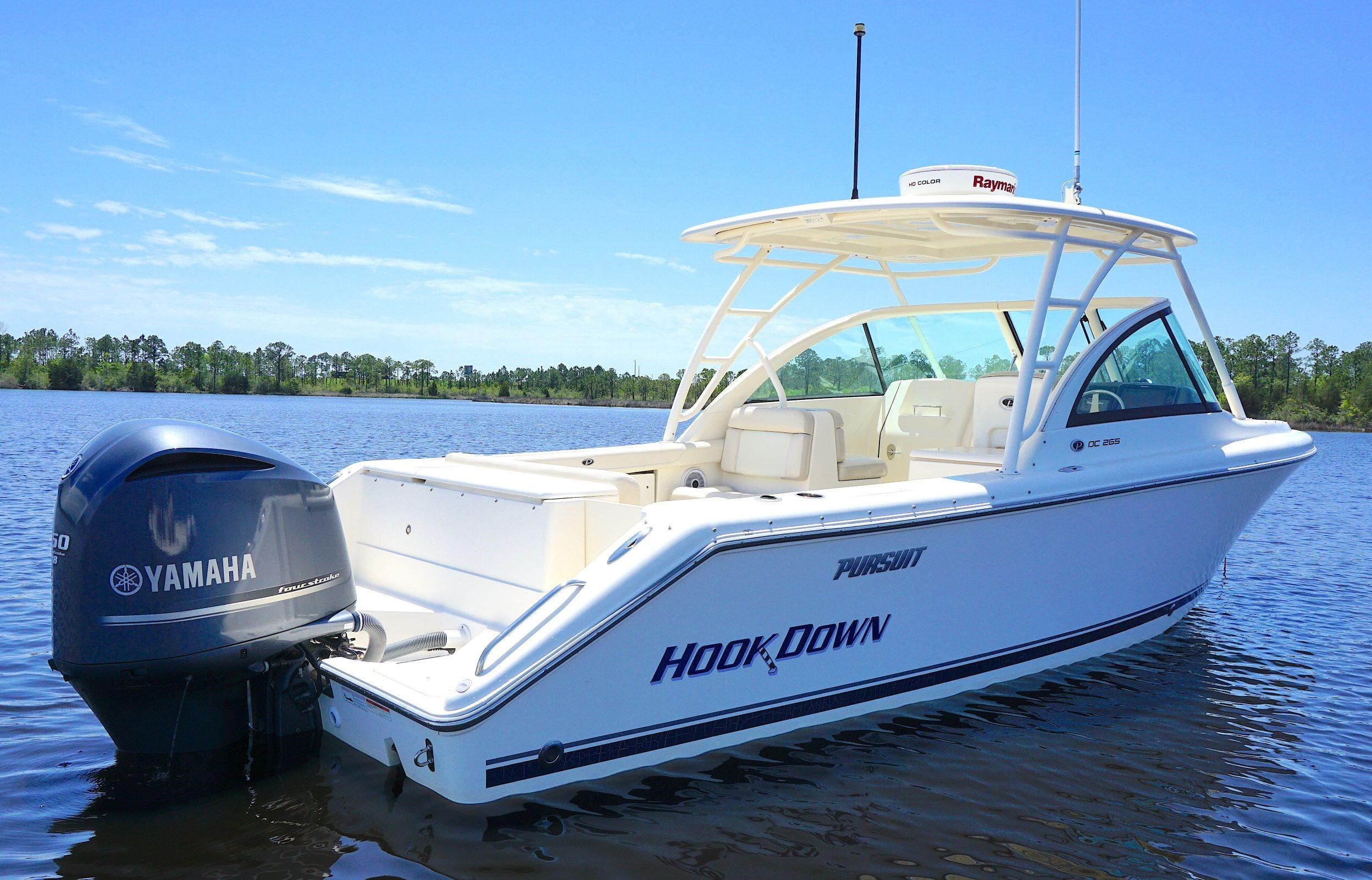 2012 Pursuit 265DC