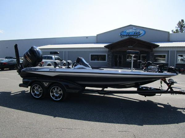 2021 Skeeter boat for sale, model of the boat is FXR20 Limited & Image # 1 of 59