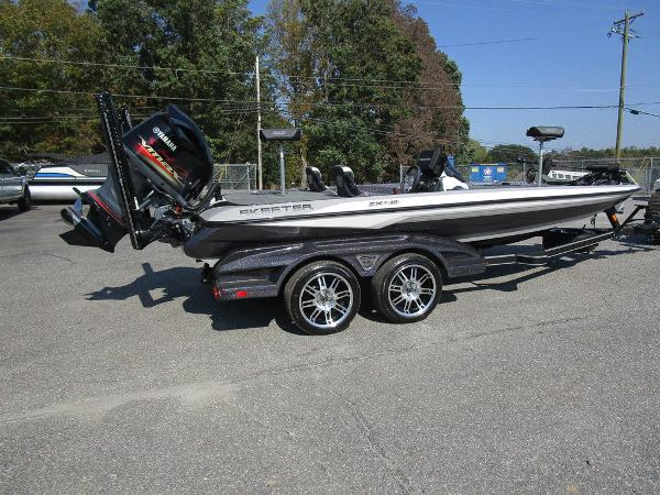 2021 Skeeter boat for sale, model of the boat is FXR20 Limited & Image # 19 of 59