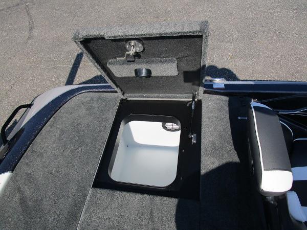 2021 Skeeter boat for sale, model of the boat is FXR20 Limited & Image # 36 of 59