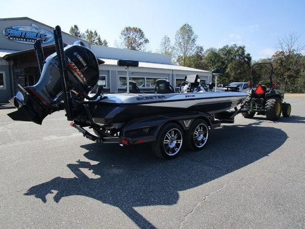 2021 Skeeter boat for sale, model of the boat is FXR20 Limited & Image # 37 of 59