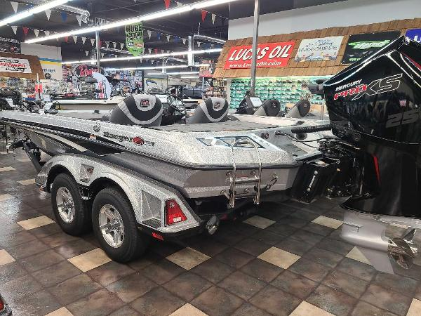 2021 Ranger Boats boat for sale, model of the boat is Z520L & Image # 2 of 30