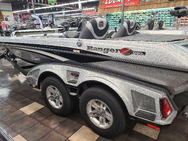 2021 Ranger Boats boat for sale, model of the boat is Z520L & Image # 3 of 30