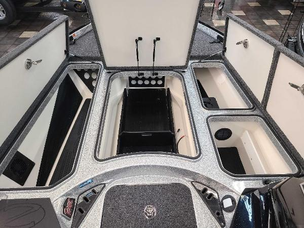 2021 Ranger Boats boat for sale, model of the boat is Z520L & Image # 8 of 30
