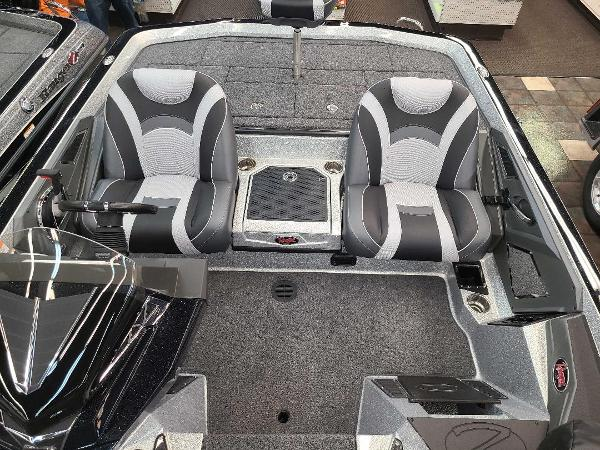 2021 Ranger Boats boat for sale, model of the boat is Z520L & Image # 6 of 30