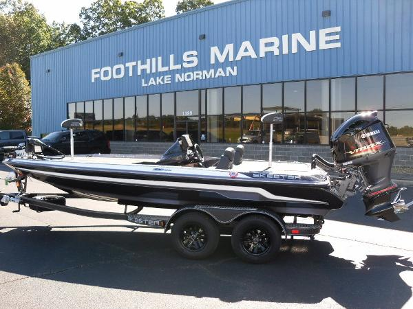 2021 Skeeter boat for sale, model of the boat is ZX225 & Image # 1 of 23