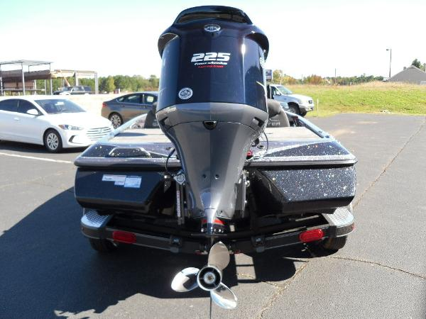2021 Skeeter boat for sale, model of the boat is ZX225 & Image # 16 of 23
