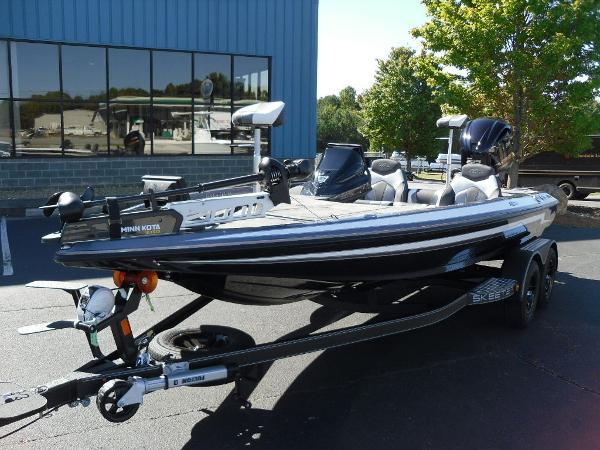 2021 Skeeter boat for sale, model of the boat is ZX225 & Image # 22 of 23
