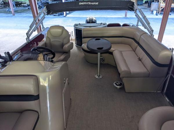 2018 Berkshire Pontoons boat for sale, model of the boat is 22 RFC CTS 2.75 & Image # 7 of 18