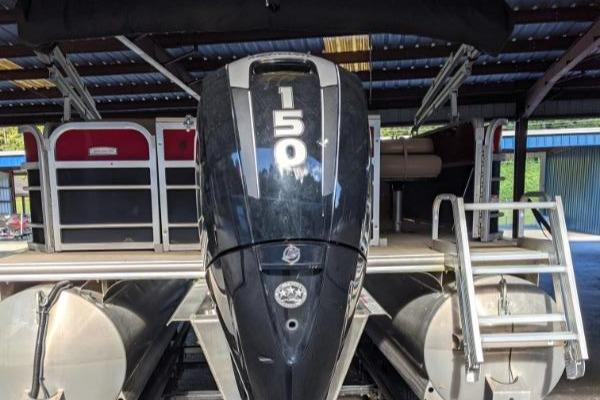 2018 Berkshire Pontoons boat for sale, model of the boat is 22 RFC CTS 2.75 & Image # 4 of 18