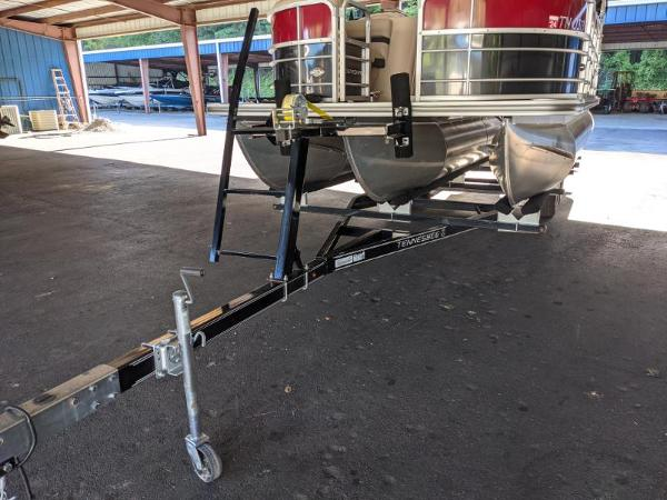 2018 Berkshire Pontoons boat for sale, model of the boat is 22 RFC CTS 2.75 & Image # 12 of 18
