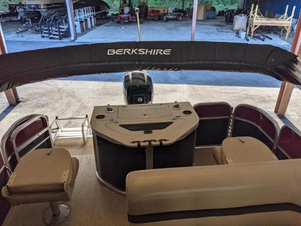 2018 Berkshire Pontoons boat for sale, model of the boat is 22 RFC CTS 2.75 & Image # 14 of 18