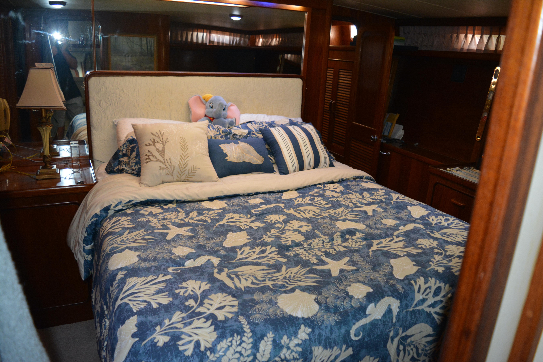 Gulfstar Aft Cabin - Master Bed