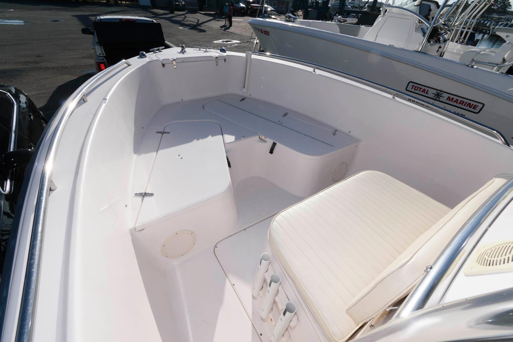 M 5801 KB Knot 10 Yacht Sales