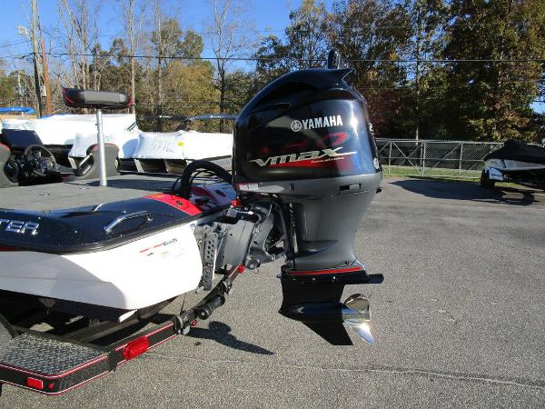 2021 Skeeter boat for sale, model of the boat is ZXR 20 & Image # 16 of 48