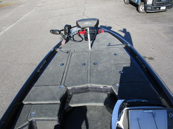 2021 Skeeter boat for sale, model of the boat is ZXR 20 & Image # 27 of 48
