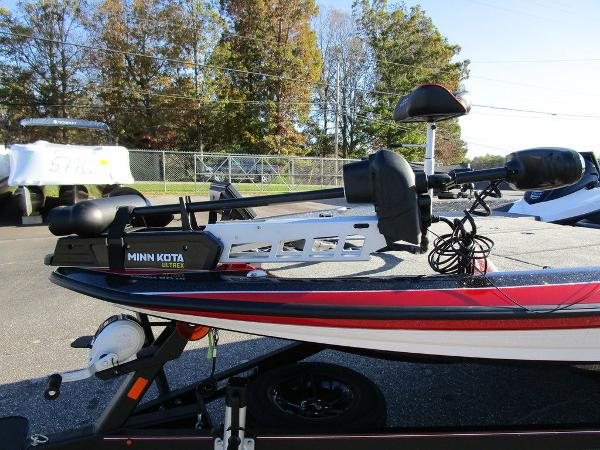 2021 Skeeter boat for sale, model of the boat is ZXR 20 & Image # 32 of 48
