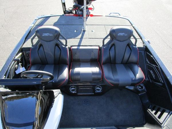 2021 Skeeter boat for sale, model of the boat is ZXR 20 & Image # 43 of 48