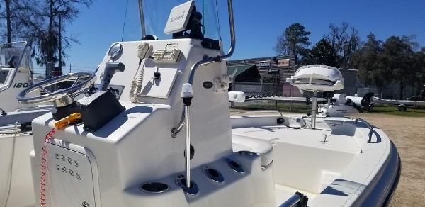 2014 Sea Born boat for sale, model of the boat is 19SV & Image # 2 of 6