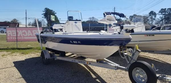 2014 Sea Born boat for sale, model of the boat is 19SV & Image # 3 of 6