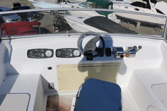 V 5907 BH Knot 10 Yacht Sales