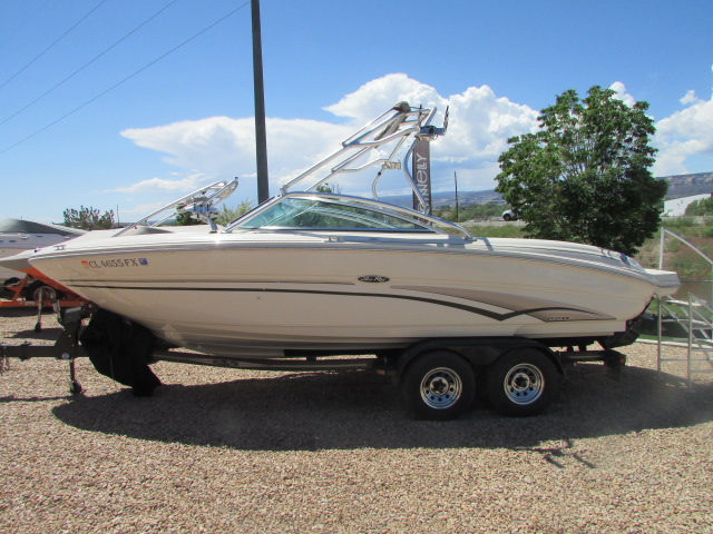 2003 Sea Ray boat for sale, model of the boat is 220 BR & Image # 1 of 19