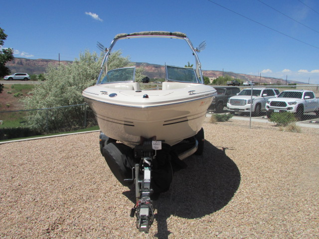 2003 Sea Ray boat for sale, model of the boat is 220 BR & Image # 10 of 19
