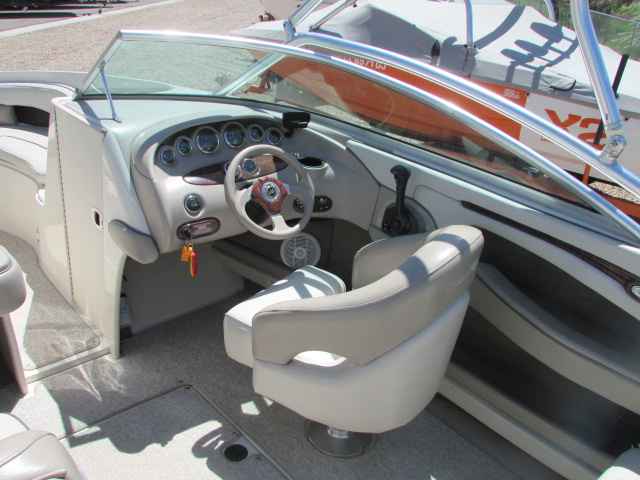 2003 Sea Ray boat for sale, model of the boat is 220 BR & Image # 12 of 19
