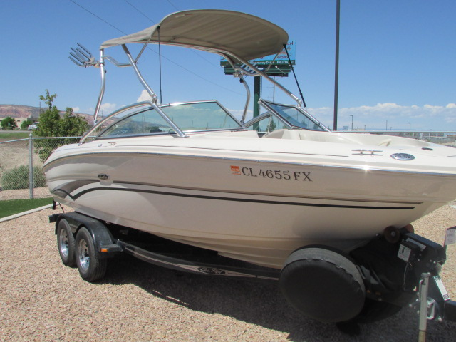 2003 Sea Ray boat for sale, model of the boat is 220 BR & Image # 16 of 19