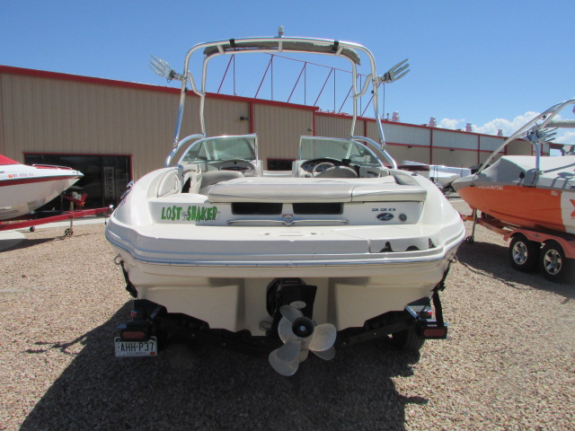 2003 Sea Ray boat for sale, model of the boat is 220 BR & Image # 17 of 19