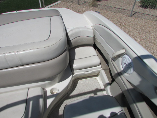 2003 Sea Ray boat for sale, model of the boat is 220 BR & Image # 3 of 19