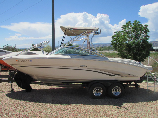 2003 Sea Ray boat for sale, model of the boat is 220 BR & Image # 9 of 19