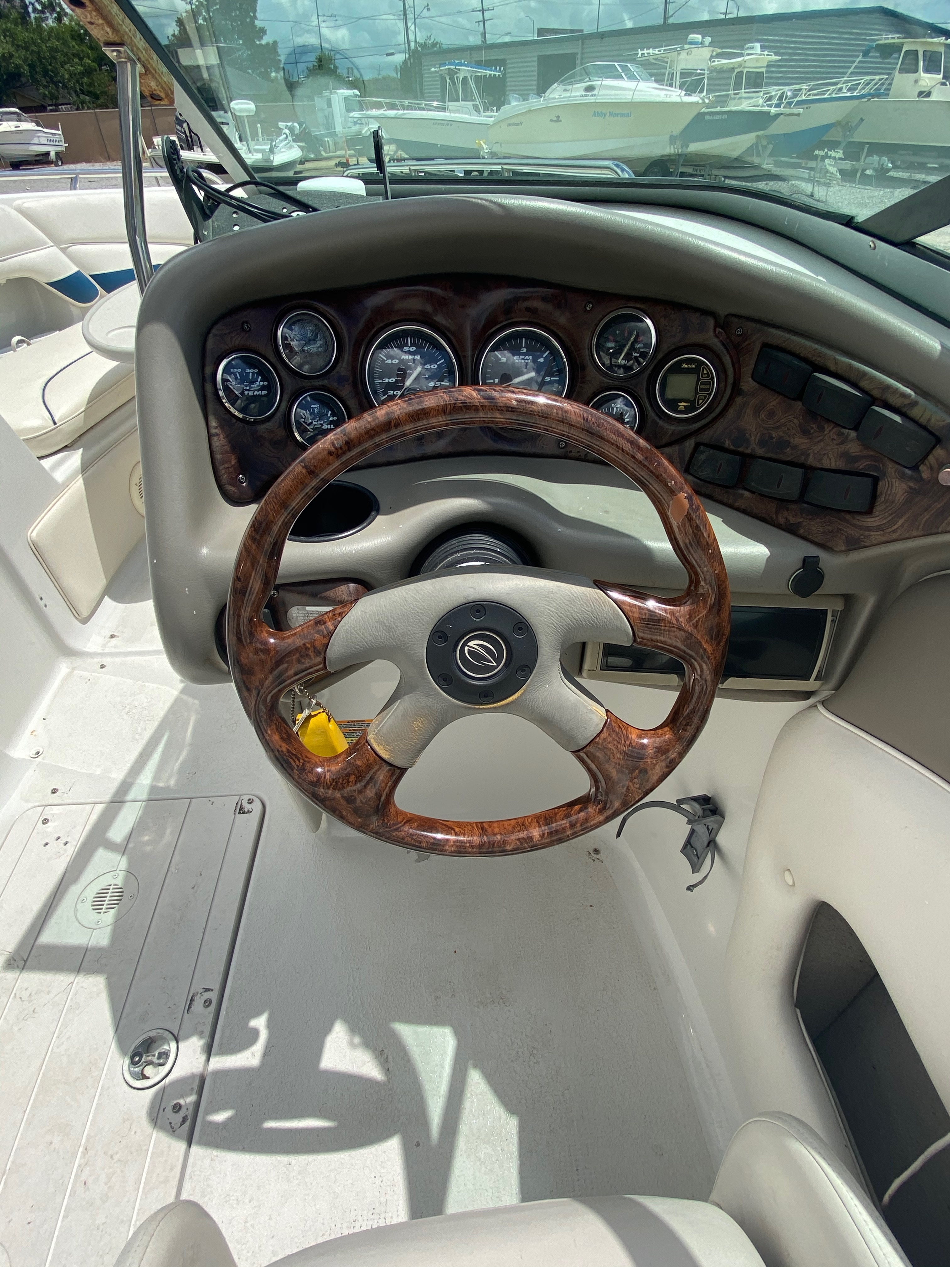 2005 Crownline boat for sale, model of the boat is 236 & Image # 9 of 17