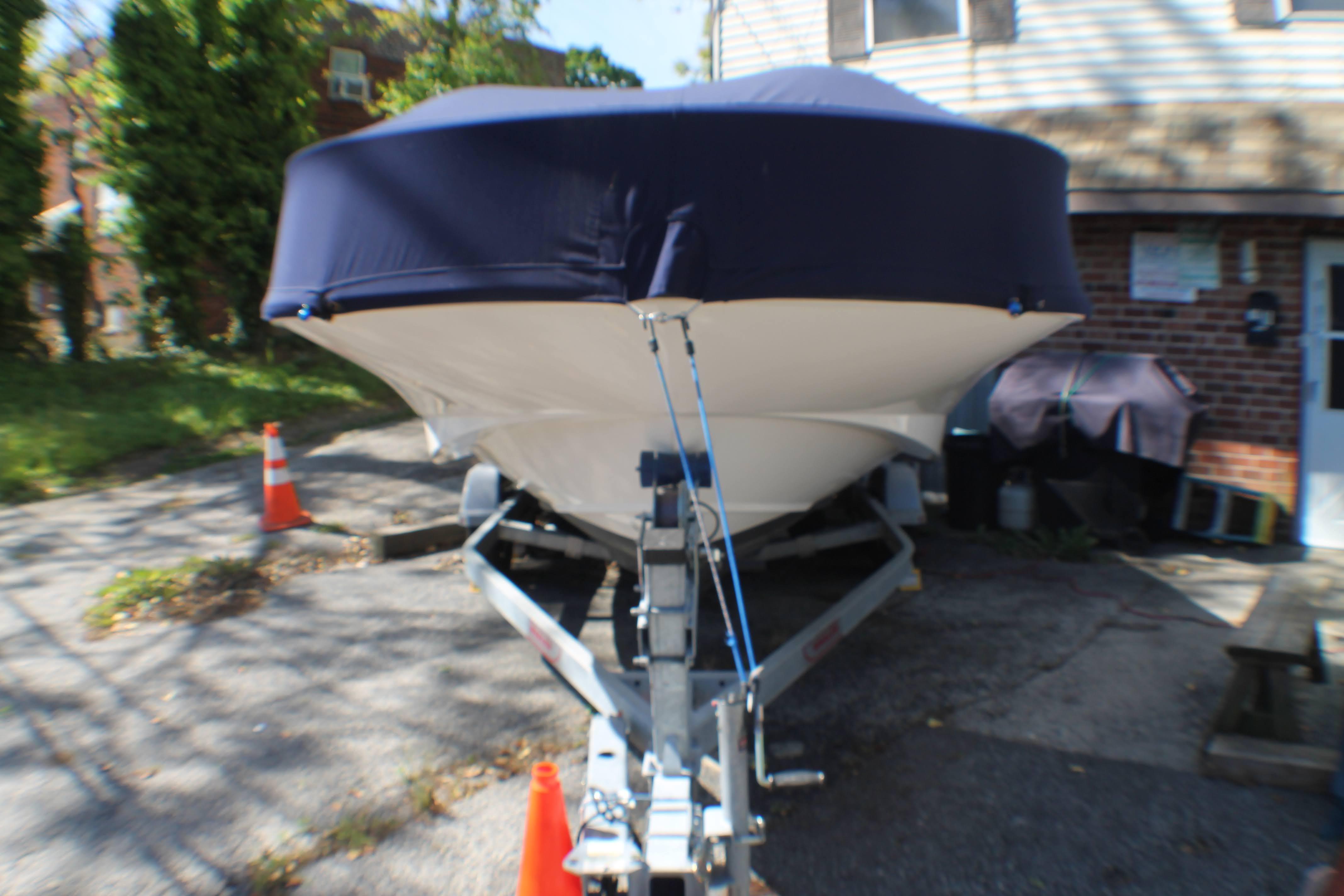P 6129 JB Knot 10 Yacht Sales