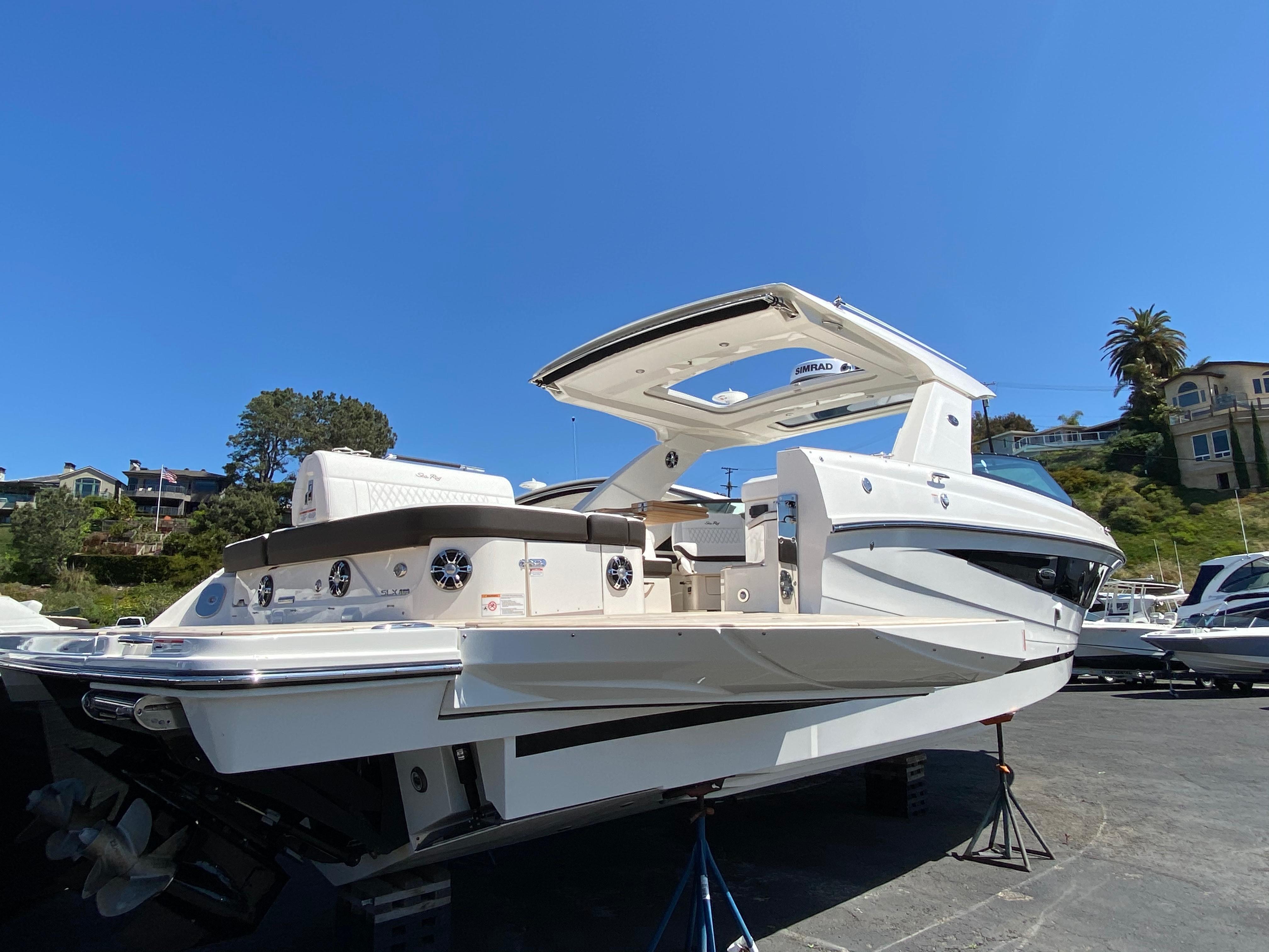2020 Sea Ray SLX 400 #S1501J inventory image at Sun Country Coastal in Newport Beach