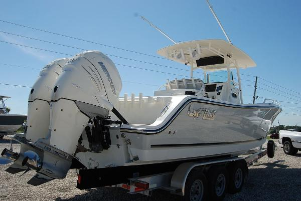 2016 Mako boat for sale, model of the boat is 284 CC & Image # 4 of 19