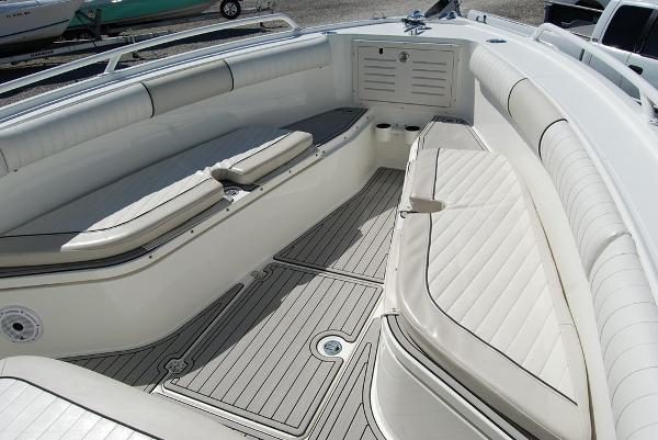 2016 Mako boat for sale, model of the boat is 284 CC & Image # 16 of 19