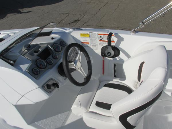 2021 Tahoe boat for sale, model of the boat is 2150 & Image # 26 of 44