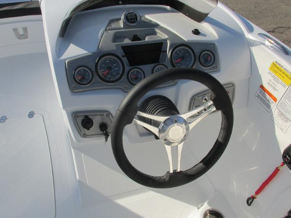 2021 Tahoe boat for sale, model of the boat is 2150 & Image # 28 of 44