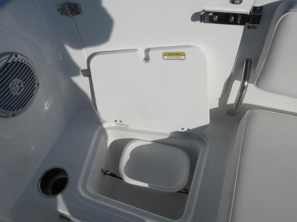2021 Tahoe boat for sale, model of the boat is 2150 & Image # 41 of 44