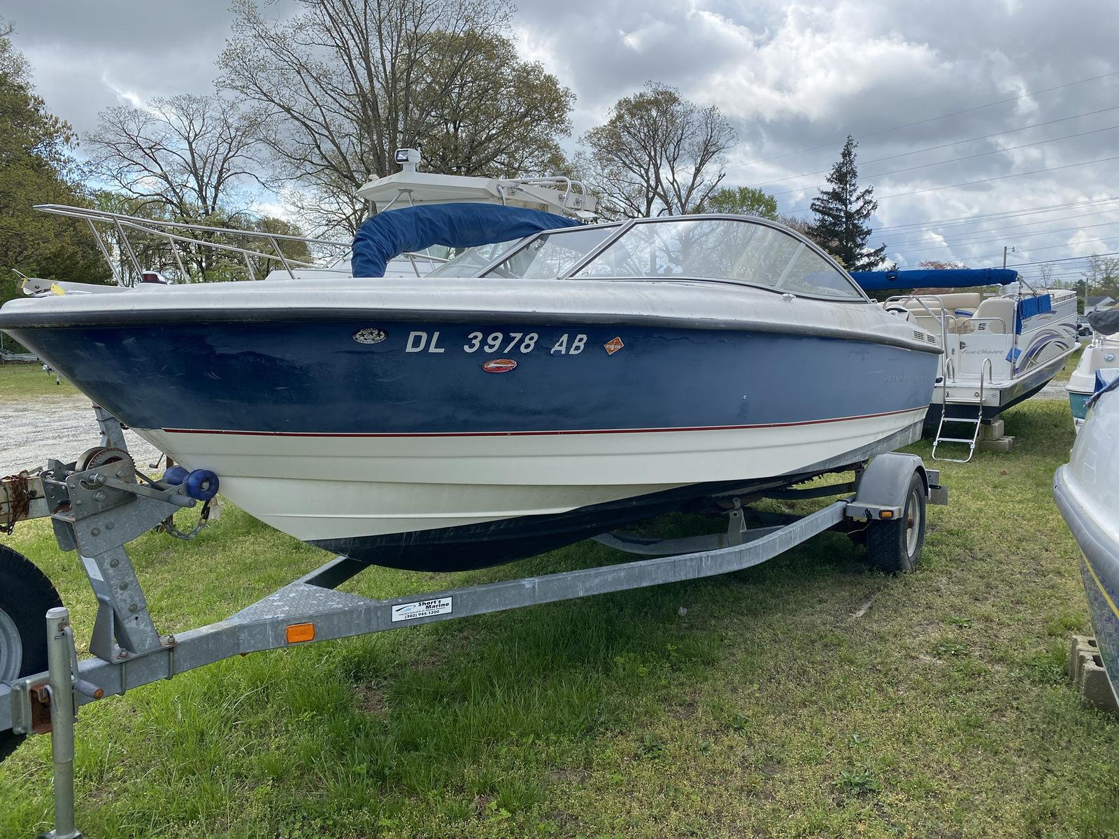 2005 BAYLINER 215 CLASSIC for sale