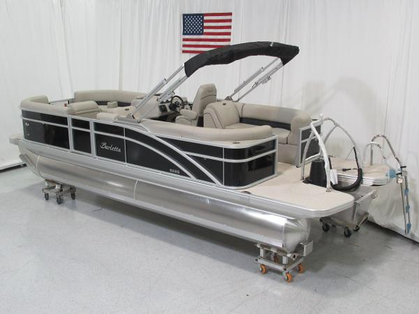 2019 Barletta boat for sale, model of the boat is E22Q & Image # 2 of 15