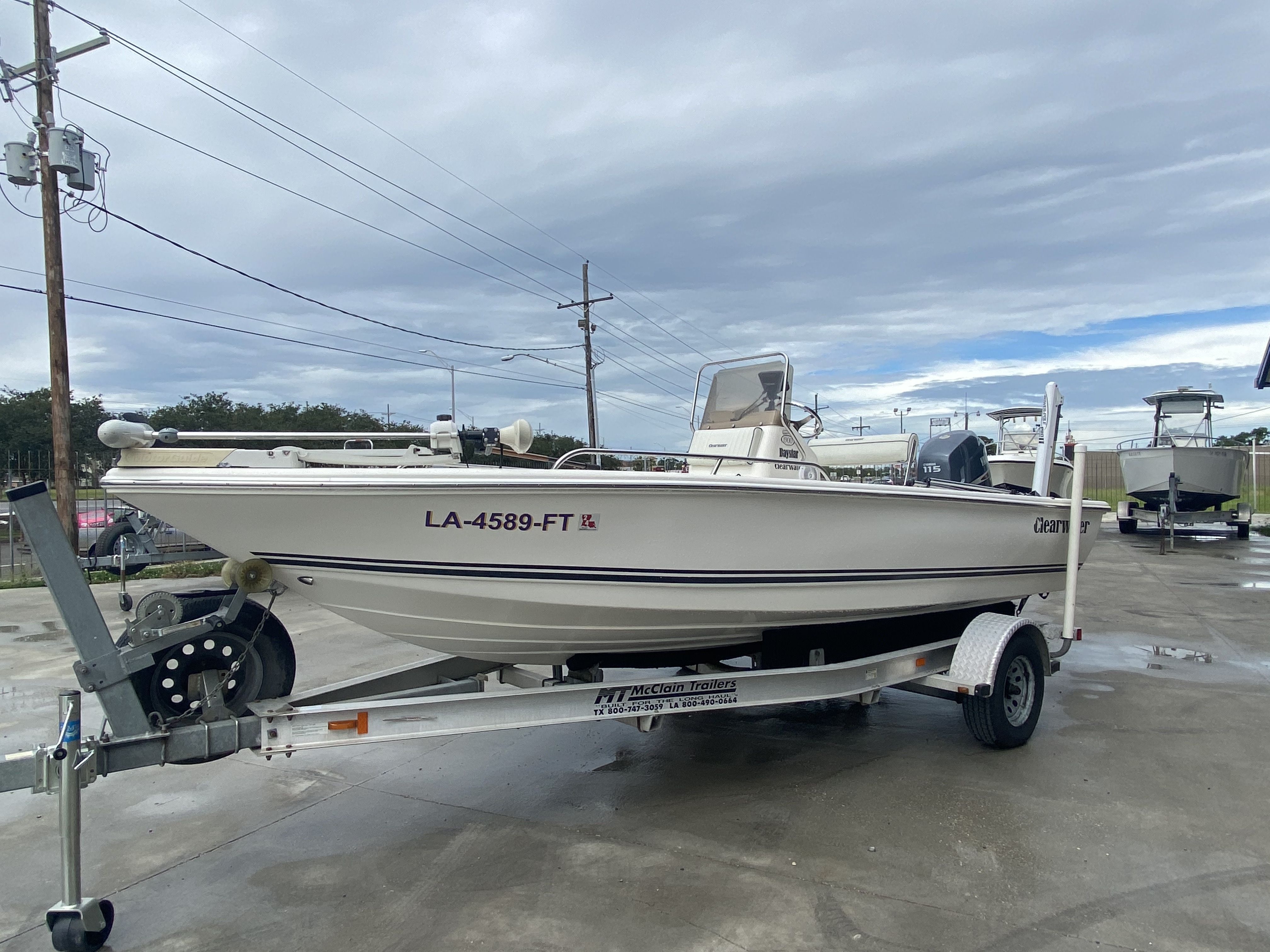 2007 Clearwater boat for sale, model of the boat is 1900 & Image # 4 of 13